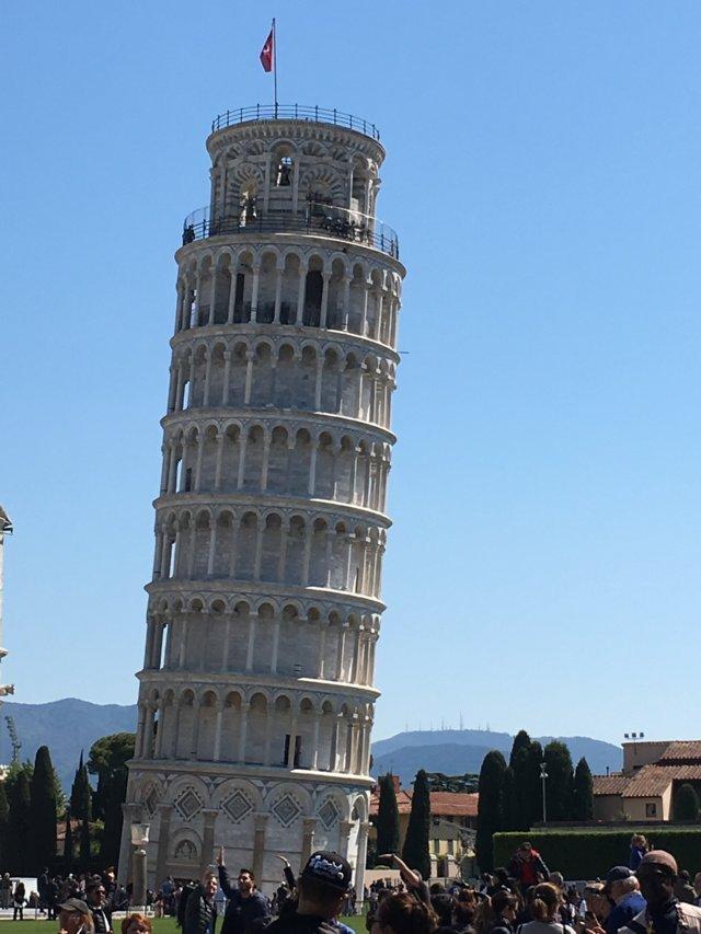 Torre di Pisa in Piazza dei Miracoli