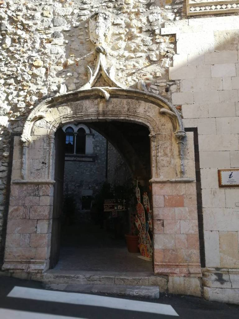Porta Palazzo Corvaja