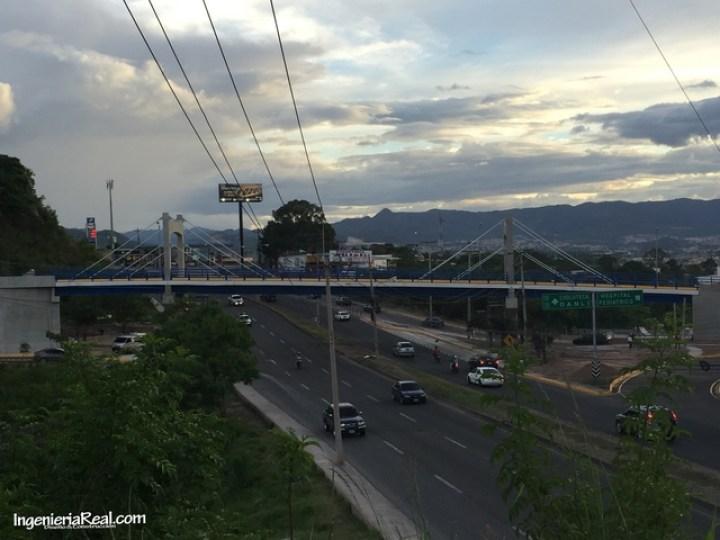 Ciempiés estrena puente en Altos del Trapiche (8)