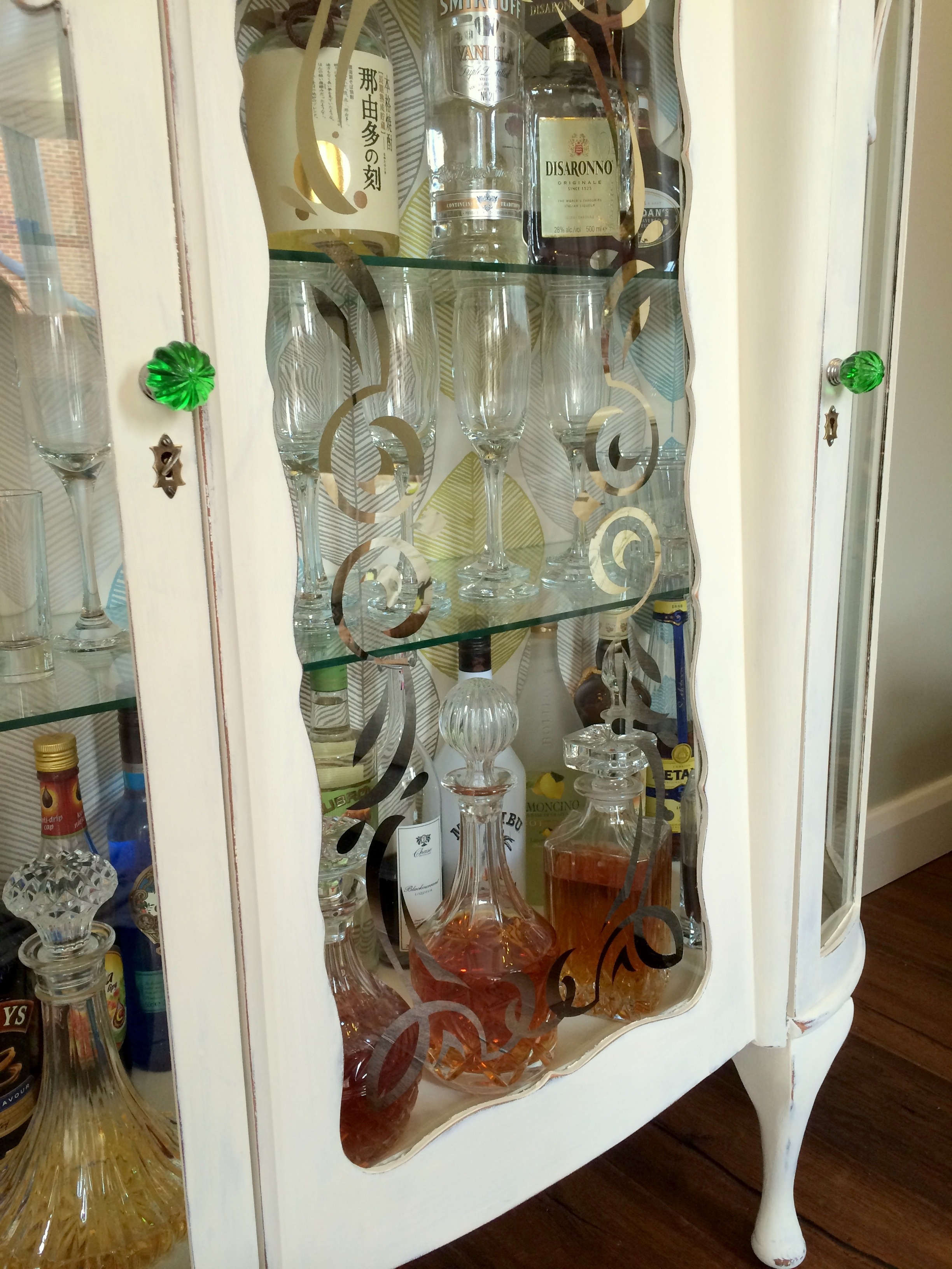 DIY Shabby Chic Liquor Cabinet from Old Sideboard