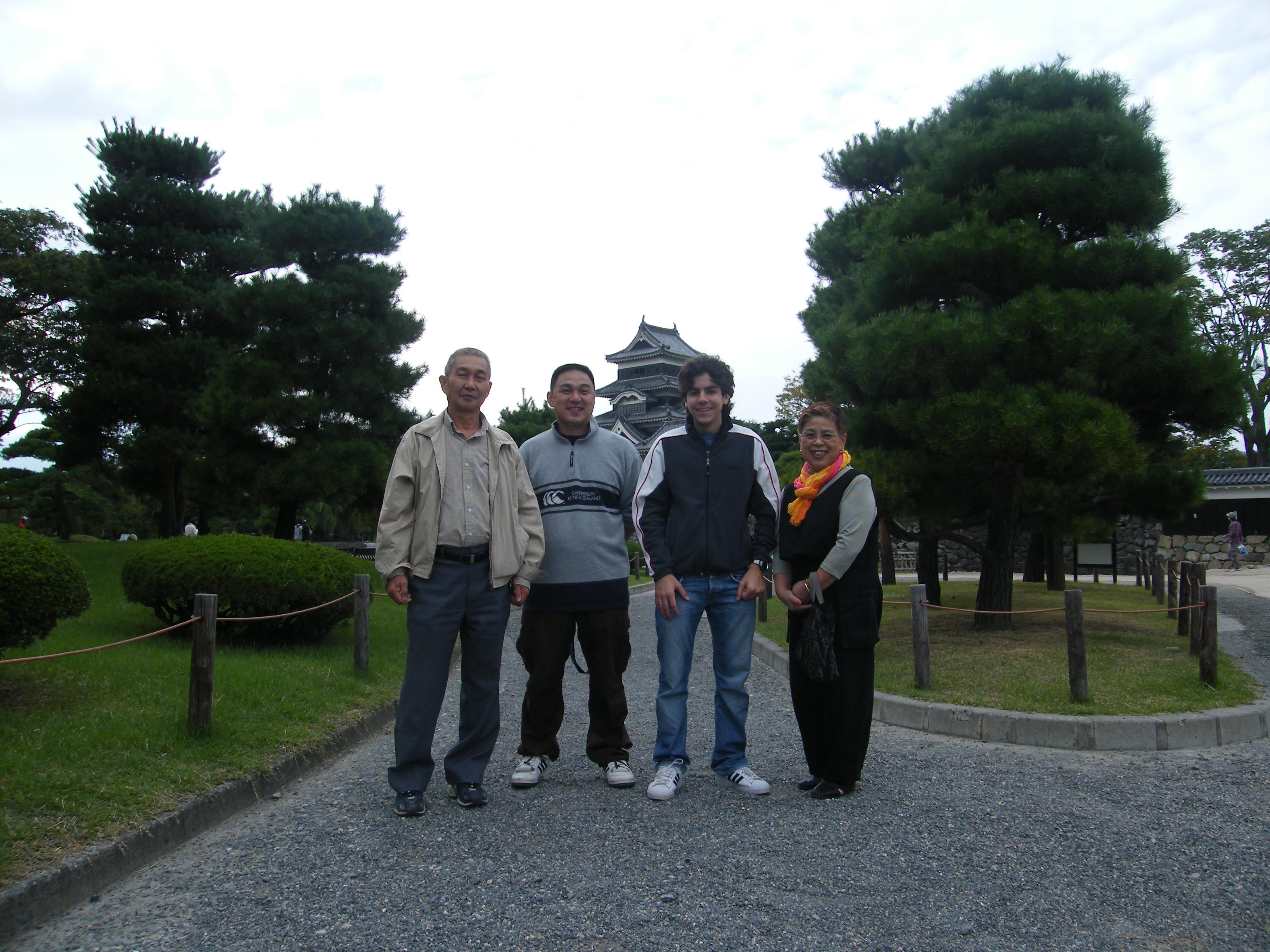 Me e la mia famiglia al castello di Matsumoto!