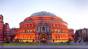 Royal Albert Hall gösteri dans şov performans London Londra tarihi salon görkemli
