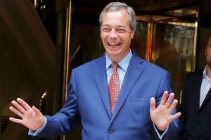 Nigel Farage Brexit İngiltere AB'den çıkma referandumu Avrupa Birliği üyesi Vote Leave kampanya siyaset siyasi lider politika politikacı aşırı sağcı faşist