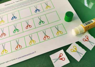 Series IV: tijeras de colores (2 elementos)