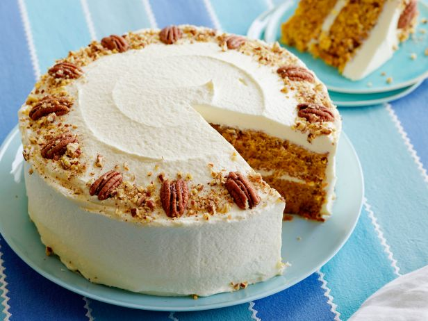 fnk_easter-carrot-cake-with-cream-cheese-frosting_s4x3-jpg-rend-sni18col