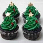 Christmas Tree Cupcakes {Cupcakes que parecem Árvores de Natal}