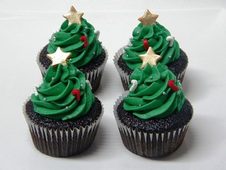 Christmas-Cupcakes-Trees australiaentertains