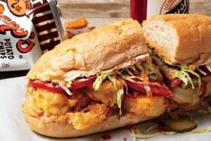 Como é o sanduíche americano Po'Boy