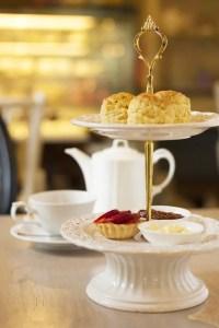 Como é o Afternoon Tea, o famoso Chá da Tarde Britânico