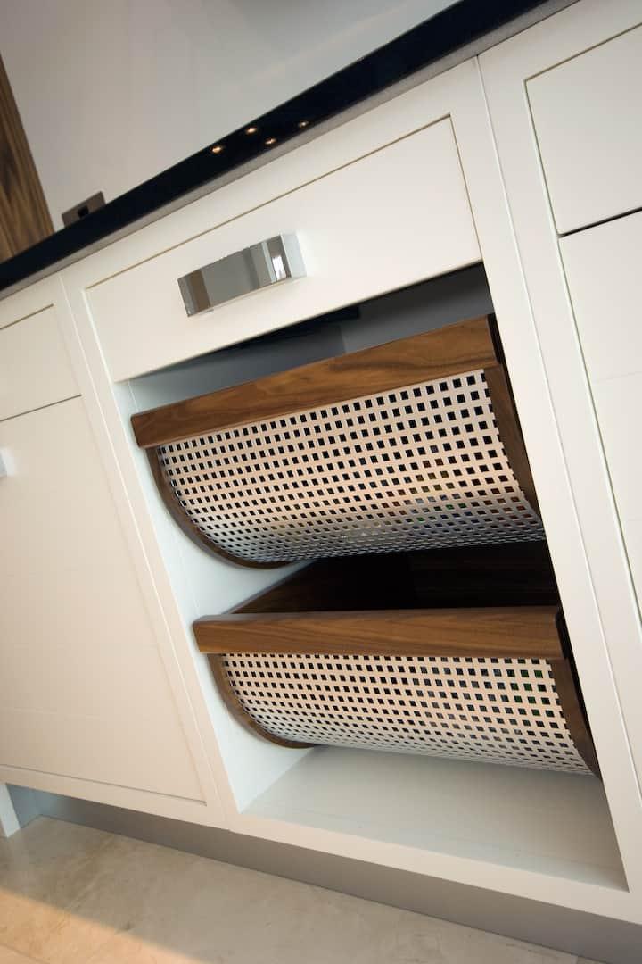 Kitchen Accessories Harrogate Kitchen Showroom Hand Painted Kitchens In Harrogate Leading Kitchen Design In Yorkshire