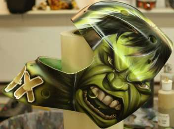Goalie-Mask-Hulk-Tribute-David-Leroux