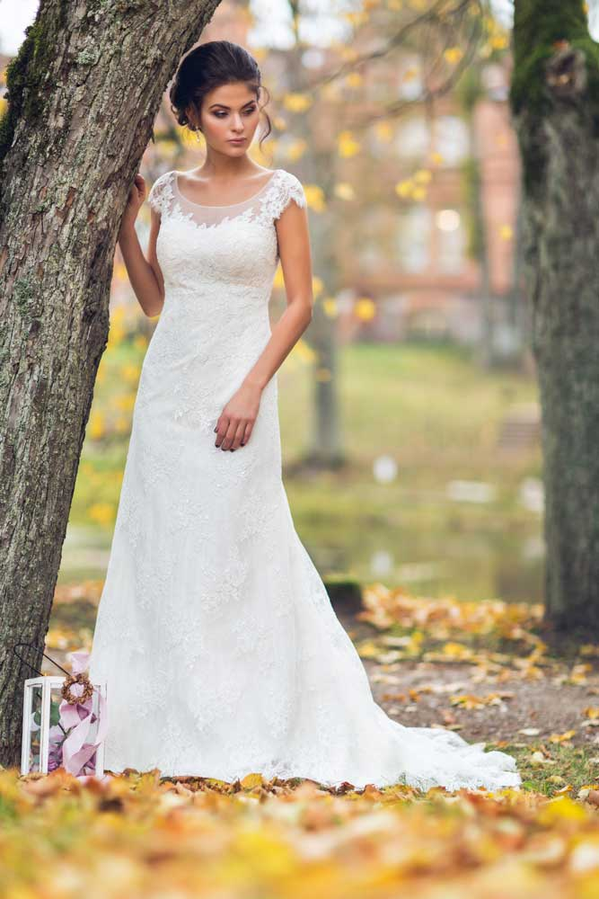 Wedding Dress Makers will Sew a Unique and Exclusive Gown