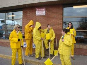 A.P.E. 2011 - Yellow Timmy Hos