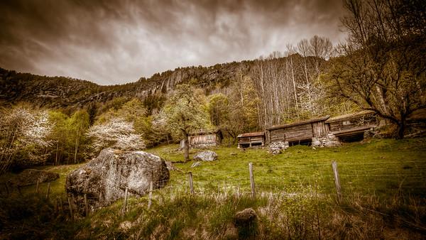 Grendi i Setesdalen. Bildet er tatt om våren