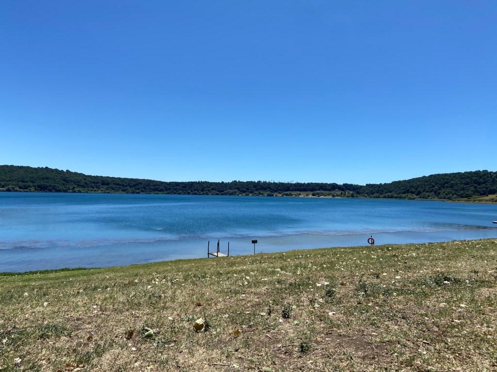 Lago di Martignano esempio di Maar