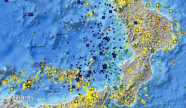 La sismicità profonda nel Tirreno Meridionale