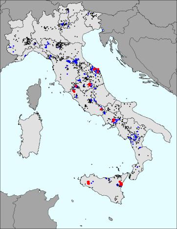 Località danneggiate dopo il 1950 per eventi con magnitudo minore di 5. I colori si riferiscono alle intensità MCS: nero = 5.5-6; blu = 6.5-7; rosso = 7.5-8.
