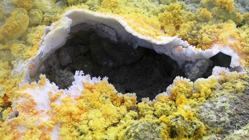 gas vulcanici 3