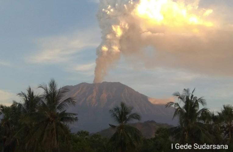 L'attività vulcanica della Terra sta aumentando? No, è tutto nella norma