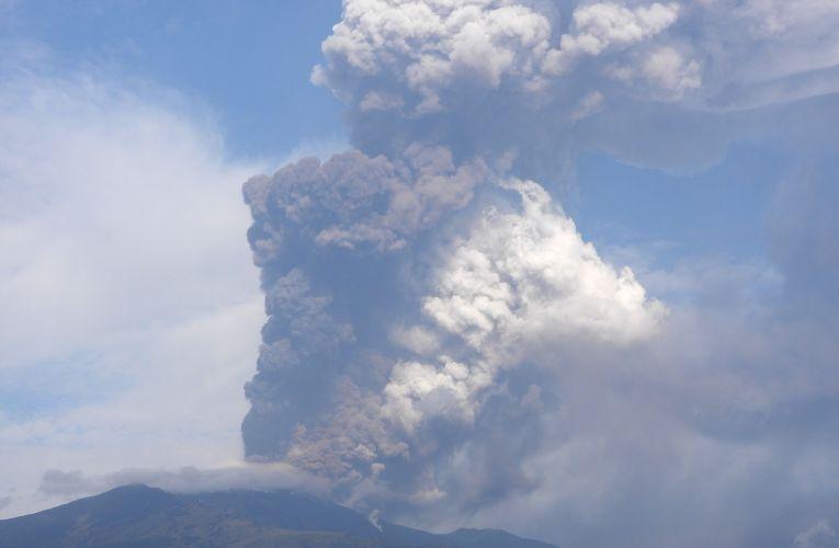 Parossismo al Cratere di Sud-Est dell'Etna, 23 ottobre 2021