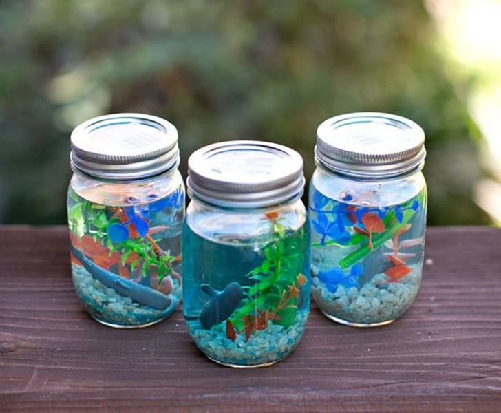 16 kidfriendly recycled Mason jar crafts and projects