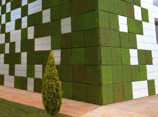 living wall, modular, tile, modular tile, caracasa, bionictile, NOx, air quality, green wall, green roof, building facade, green design, eco design, sustainable building