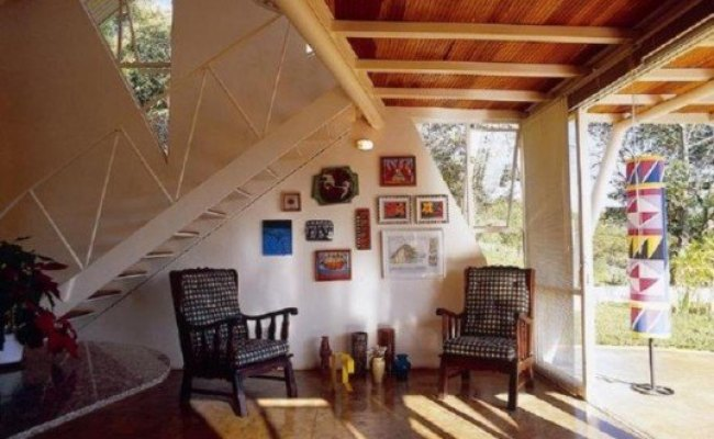 Brazilian Home Showcases Light Art And Salvaged