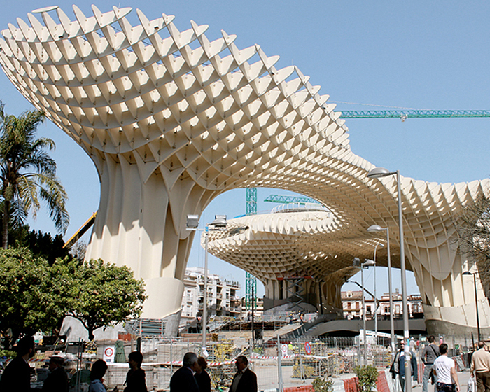 https://i0.wp.com/inhabitat.com/wp-content/blogs.dir/1/files/2011/03/metropolparasol2.jpg