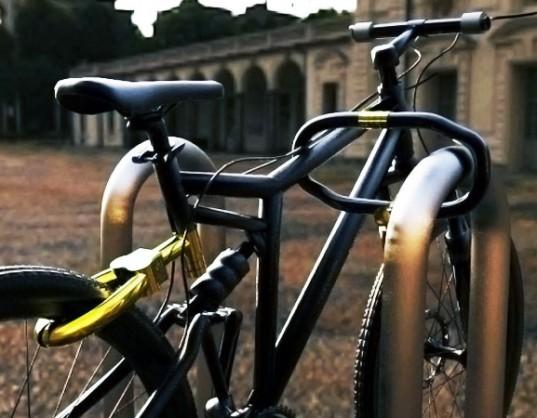 Senza bike lock, handlebar bike lock, Jaryn Miller, green transportation, alternative transportation, green bike