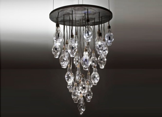 Brc S Halide Chandelier Transforms 28 Disused Lightbulbs Into A Dazzling Energy Efficient Lamp Inhabitat Green Design Innovation Architecture