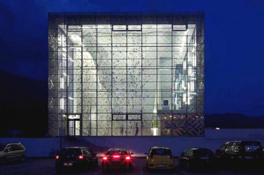 Martin Mutschlechner, StadtLABOR, Vertikale, Wolfgang Meraner Architekt, climbing gym, intelligent facade, high performance facade, daylighting