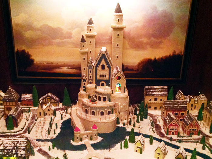 10 Architectural Gingerbread Creations from 2012 To Make You Salivate