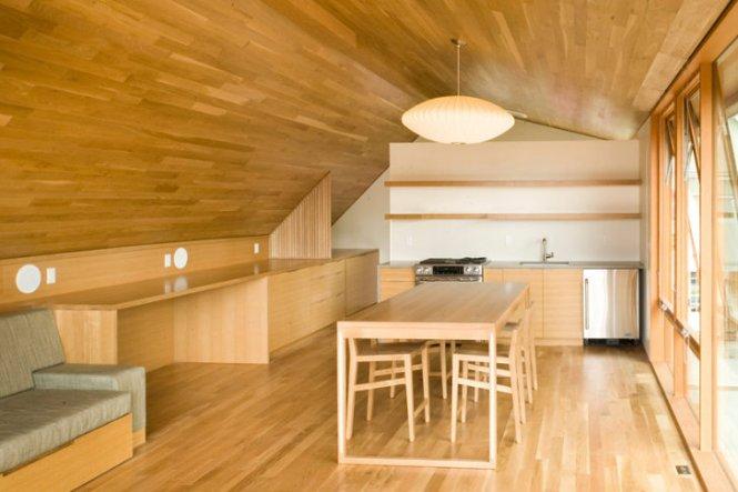 Brilliant Garage Apartment Maximizes E With Custom Multi