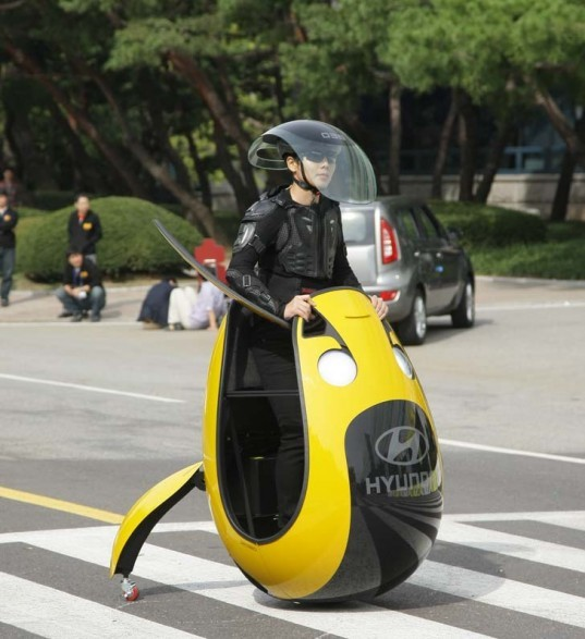 Hyundai Unveils Flying Electric Car for Congested Cities