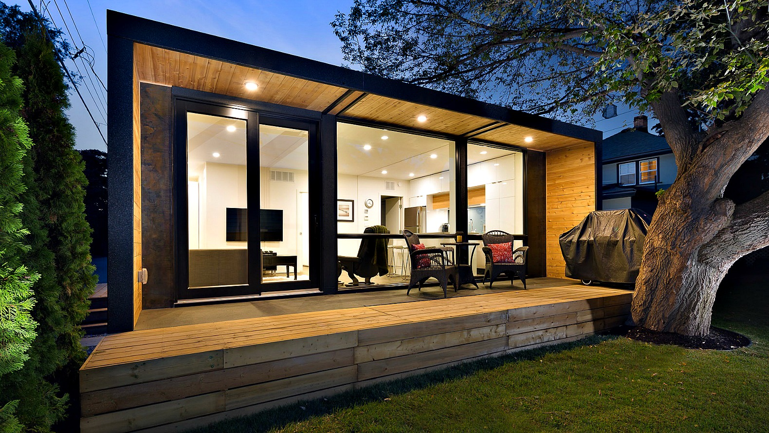 HonoMobos container homes can be shipped anywhere in North America