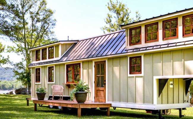 These Solar Powered Tiny Mobile Homes Are Designed Just