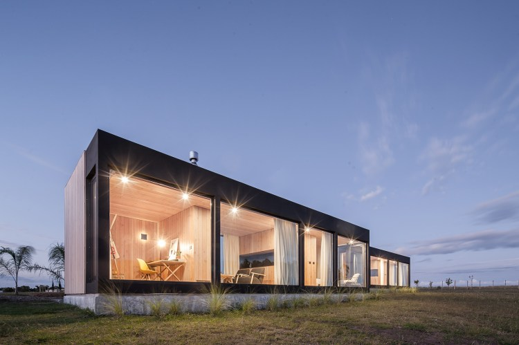 Repii House Offers Expansive Modular Space And Sleek Design Elements