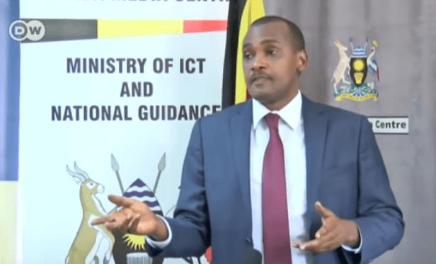 Frank Tumwebaze, Ministro de TIC de Uganda