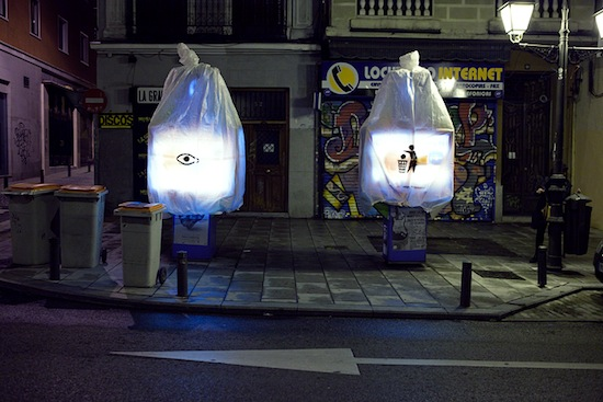 Por favor, reciclen su basura de Luz Interruptus