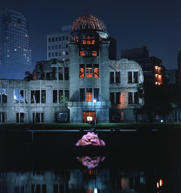 Hiroshima projection de Krzysztof Wodiczko