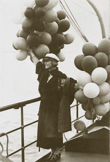 Public domain photo of actress Marion Davies