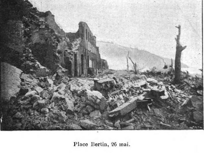 1902 photo of destroyed Saint-Pierre street