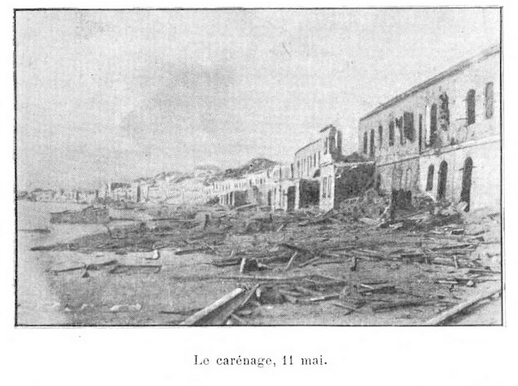1902 photo of ruins along Saint-Pierre's waterfront