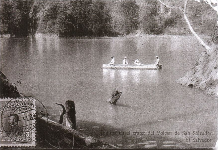 Photo of San Salvador volcanic lake 1914