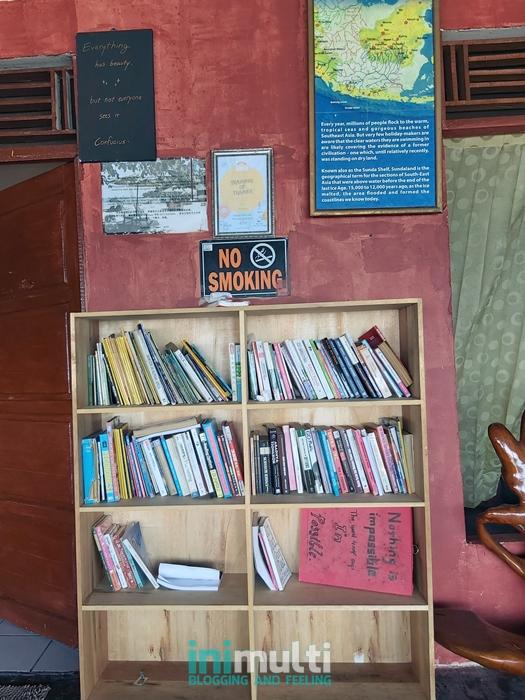 perpustakaan di temajo bay resort