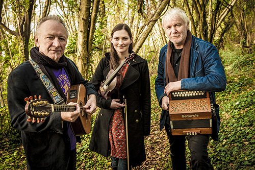 Zoe Conway, Donal Lunny and Mairtin O'Connor.