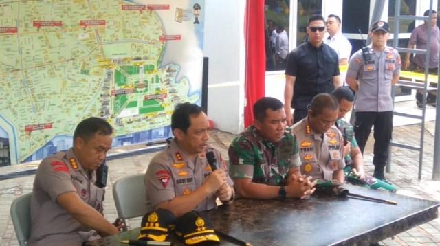 Polisi dan TNI Jakarta