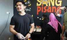 Permalink ke After A Huge Success in Surabaya, Kaesang Pangarep Aims These Countries To Broaden His Sang Pisang Business