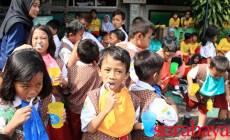 Permalink ke Rayakan Ulang Tahun ke-4, Kru POP! Hotel Gubeng Bersama Mahasiswa Poltekkes Ajarkan Sikat Gigi yang Benar