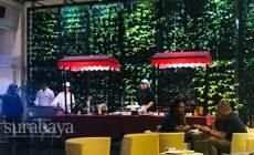 Permalink ke Ingin Santap Menu Khas Indonesia untuk Berbuka Puasa? Juru Masak Hotel Ini Siapkan Garang Asem dan Mie Dower, Mau Coba?